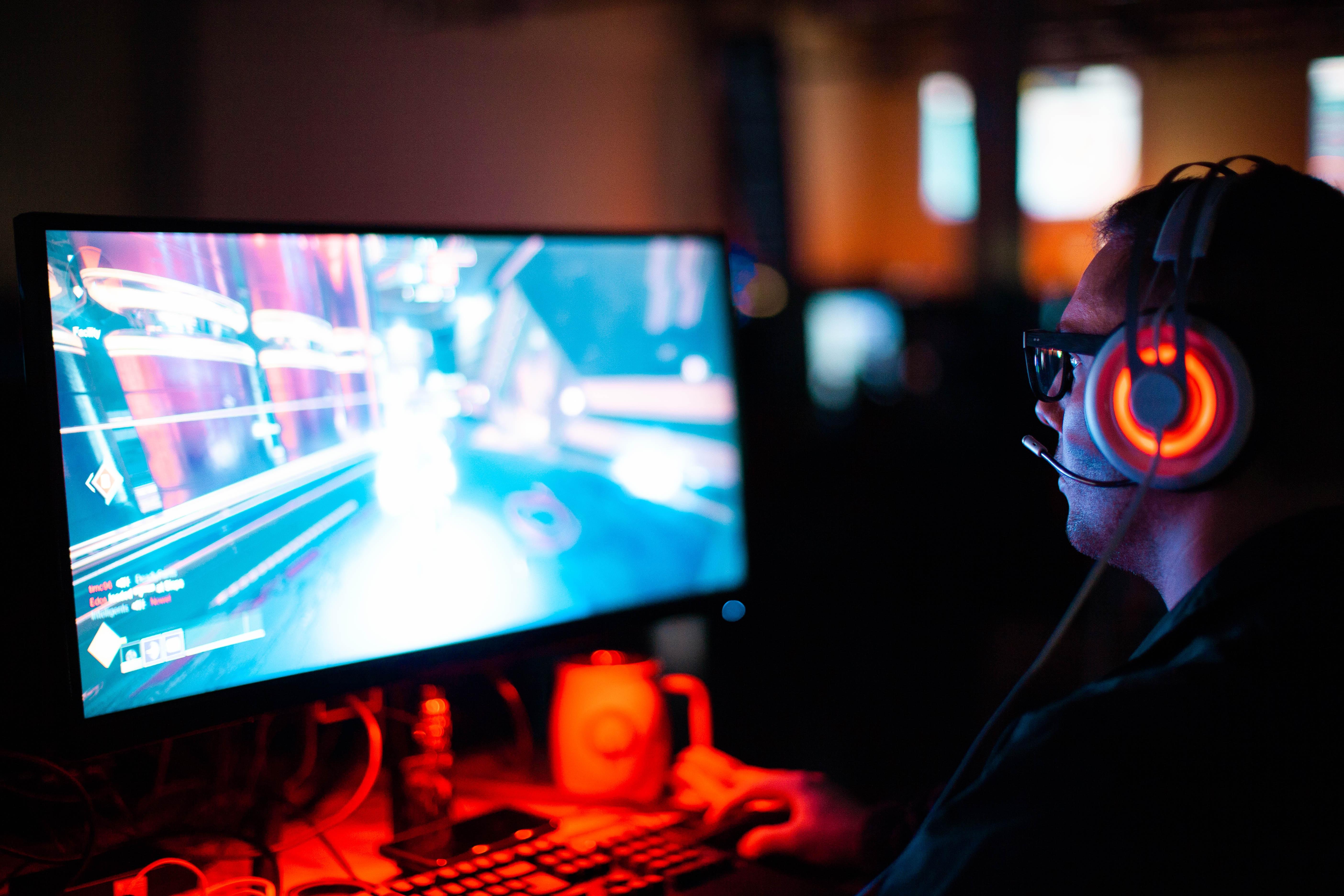 Na czym zarabiają twórcy gier mobilnych?